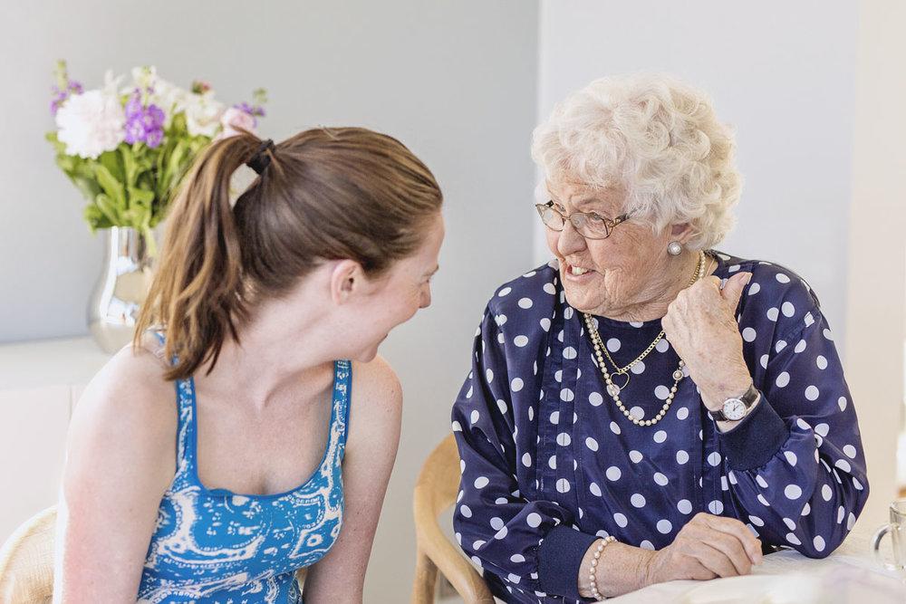 Fikavärd - Som fikvärd ger du en grupp äldre människor tillfälle att lära känna varandra över en fika. Du erbjuder ett varmt välkomnande och en enkel eftermiddagsfika. Åtagandet tar en söndag per halvår i anspråk.Läs merAnmälan