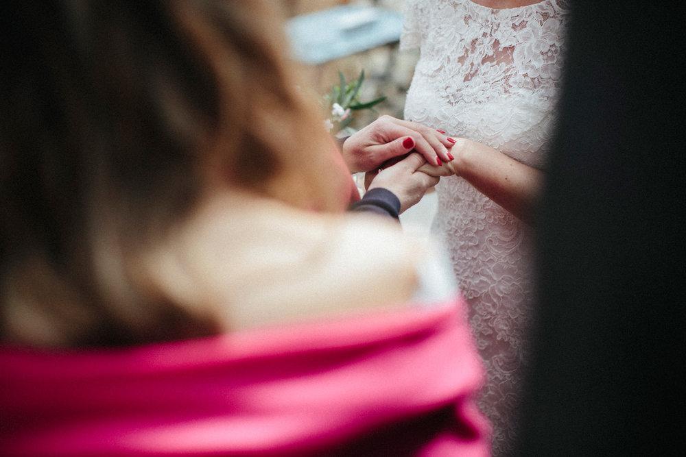 WEDDING PHOTOGRAPHy AT LOWER BARN (80).jpg