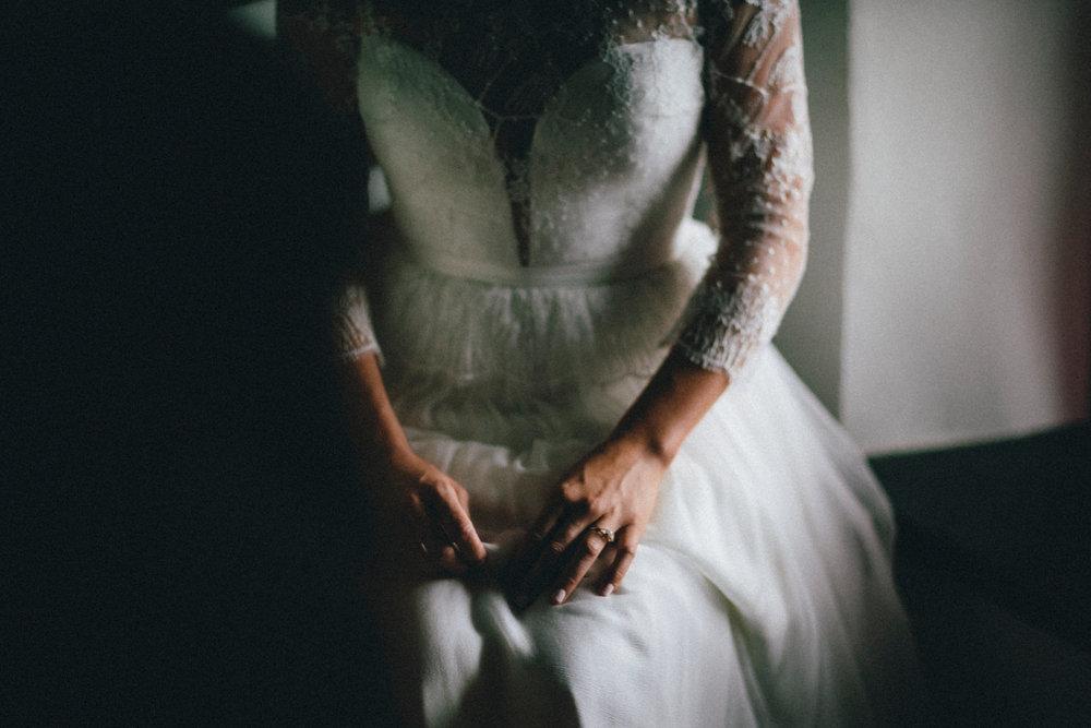 WEDDING PHOTOGRAPHY AT CORNISH TIPIS (29).jpg