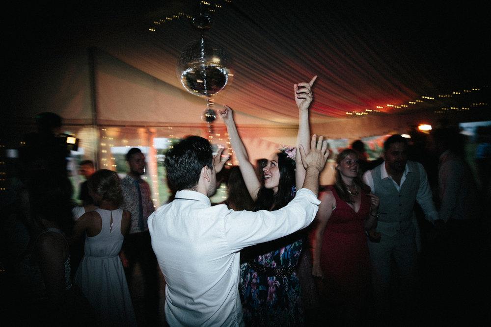 WEDDING PHOTOGRAPHY AT CORNISH TIPIS (170).jpg