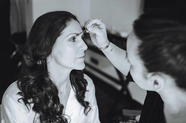 Un lienzo en blanco, donde pintar ilusión y dibujar aspiraciones. Cada mañana tenemos uno, no lo olvides. #noviaslauraoceania #maquillajedenovia #peluqueriadenovia #bridalmakeup #bridalhair #madrid #spain #makeup #brows