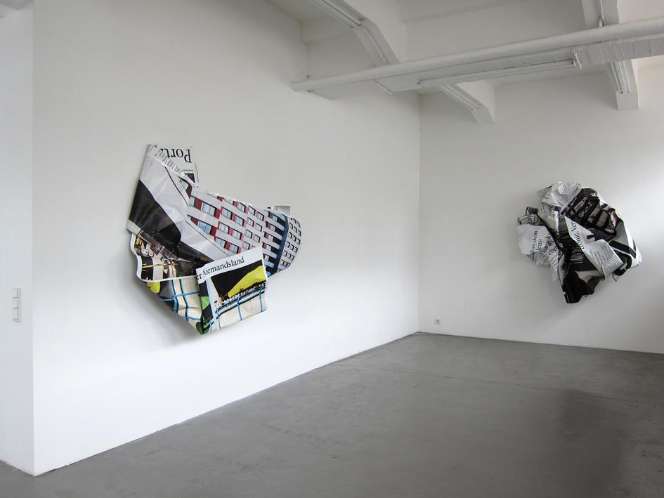 """Olaf Metzel: """"Niemandsland"""", 2012, Exhibition views Galerie Parisa Kind, Frankfurt am Main"""