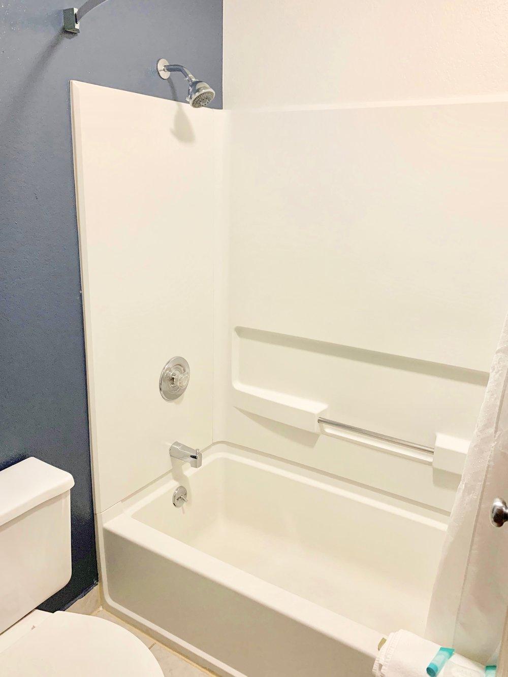 Loyal Duke Double Queen Bathroom 2Edited.jpg