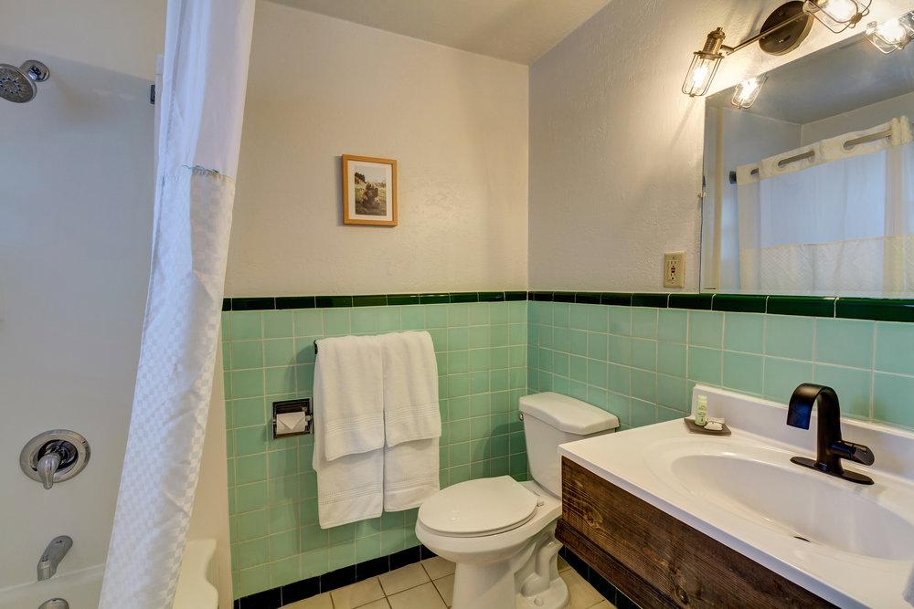 LDL Family Suite QQ bathroom.jpg