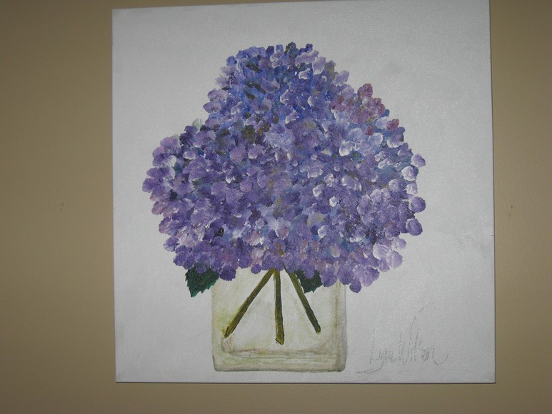 774_Hydrangeas_Purple_in_Glass_Vase_Gallery_Canvas.JPG