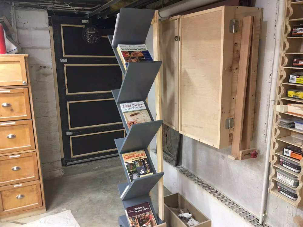 Here I added some books just to display how they look on the unit. To be honest if my wife doesn't like  this unit I might just keep it for myself I have amassed a lot fo woodworking books over the years and I could use storage.