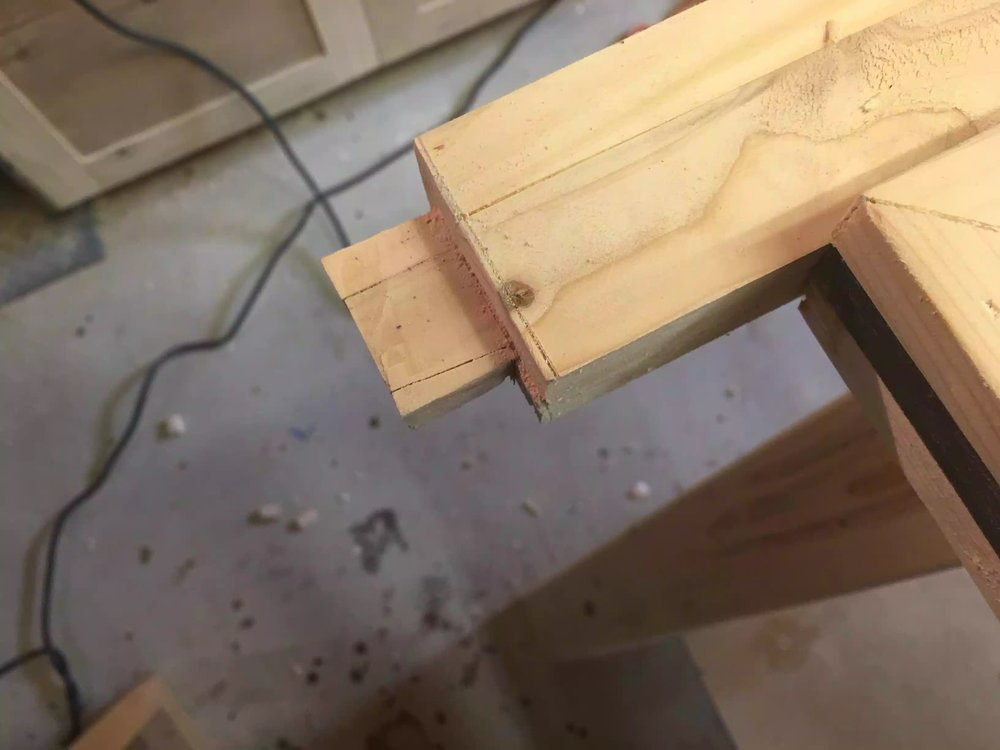 Here is the cut tenon, still needed to clean it up just a little.