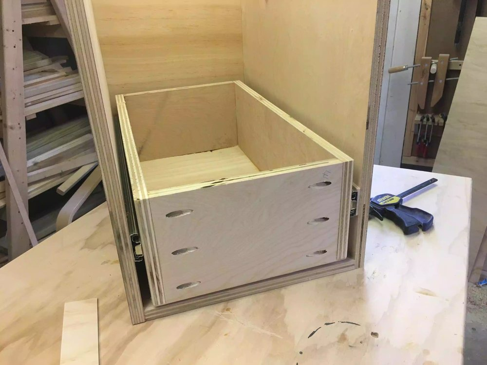 Here is the bottom drawer installed and it moves perfectly now.