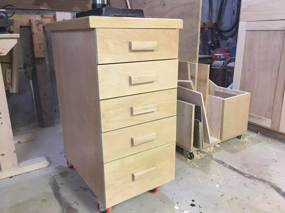 Here is the finished project of adding the drawer pulls