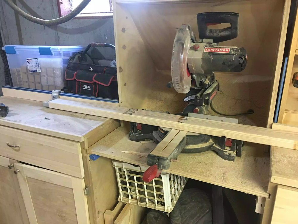 Here you can see my miter saw station set-up, or part of it anyway lol