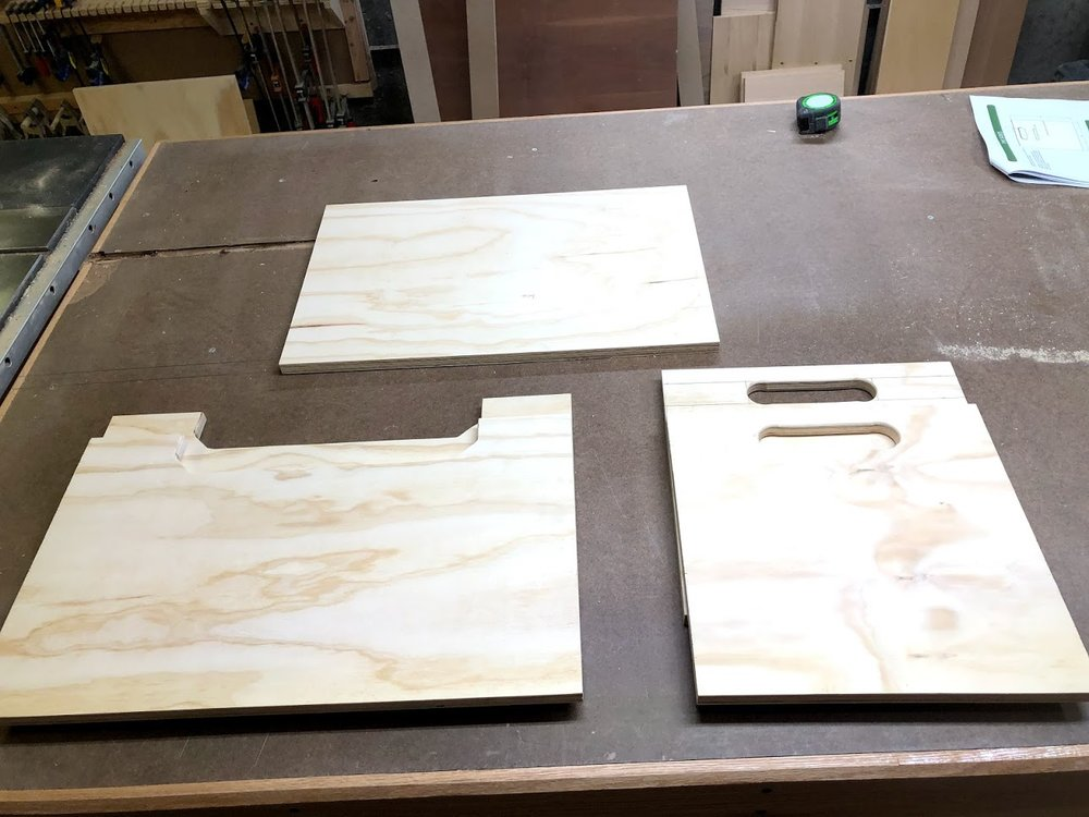 Here are all 5 parts sanded up for the box, they look good and I love the little detail to add to a very basic box.