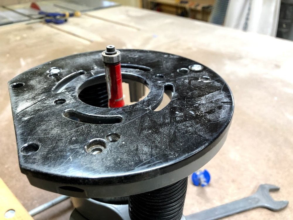 A close look at the router bit.