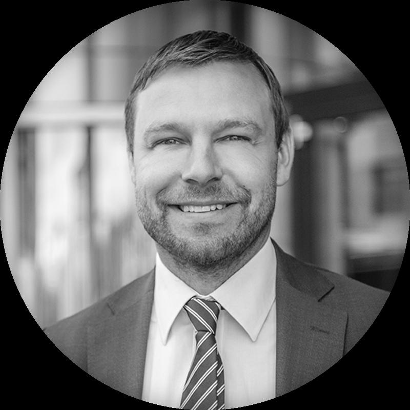 Mårten Adolfsson - Financial ServicesE-mail|+46 73 055 17 26
