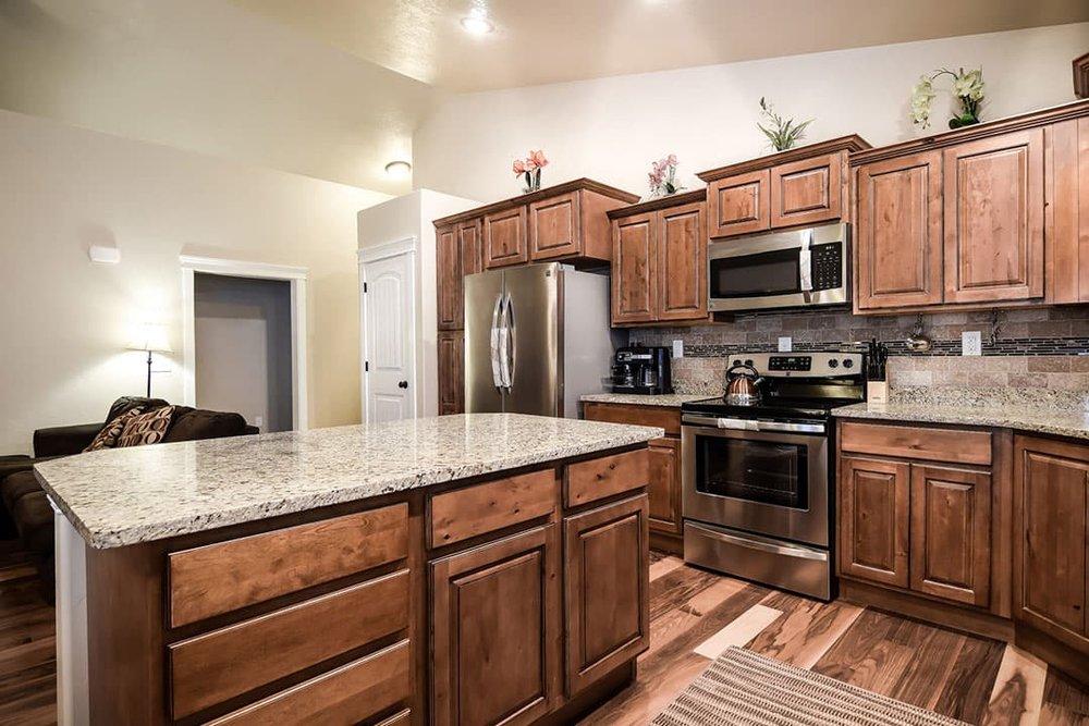Kitchen-5-min.jpg