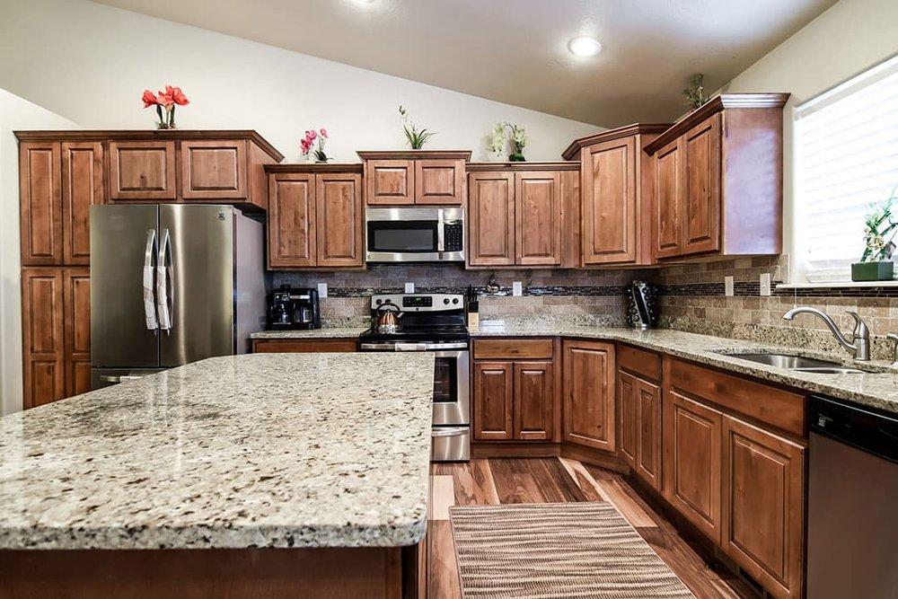 Kitchen-4-min.jpg