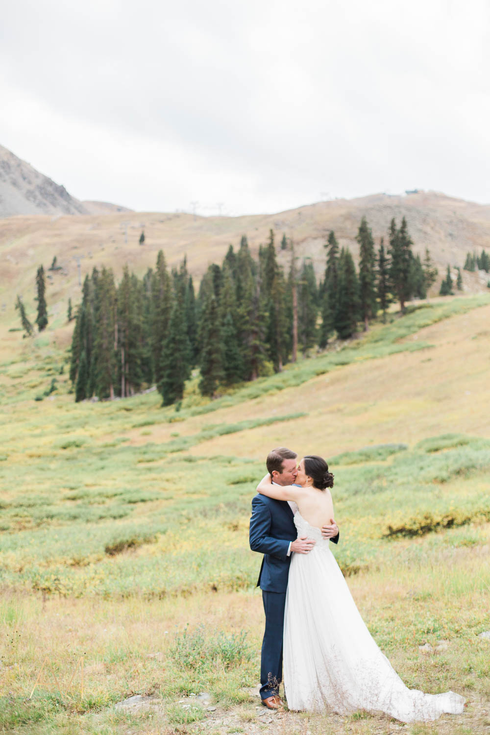 AshleighMillerPhotography-FirstLook-Colorado-Weddings-1541.jpg