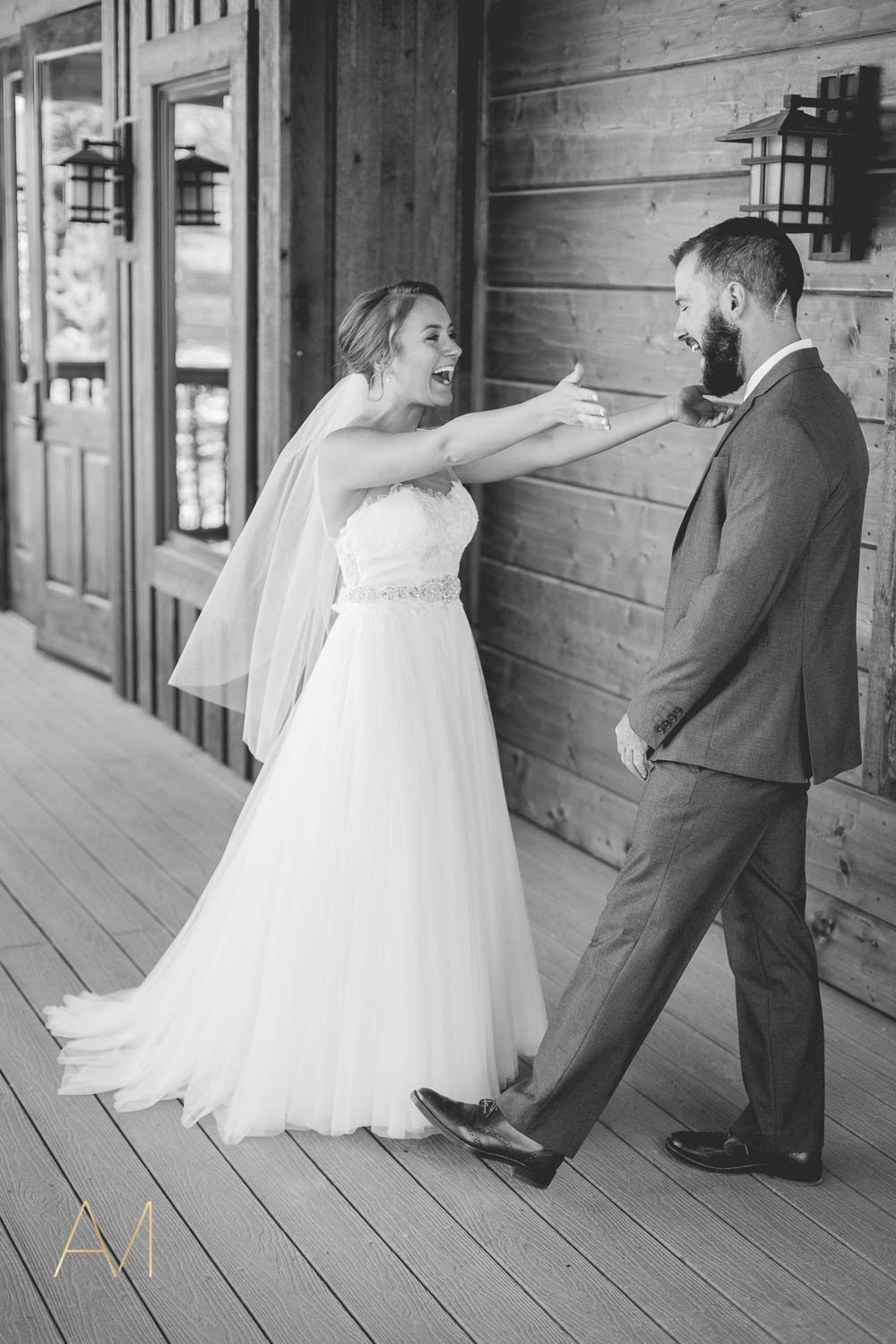 AshleighMillerPhotography-FirstLook-Colorado-Weddings-1597.jpg