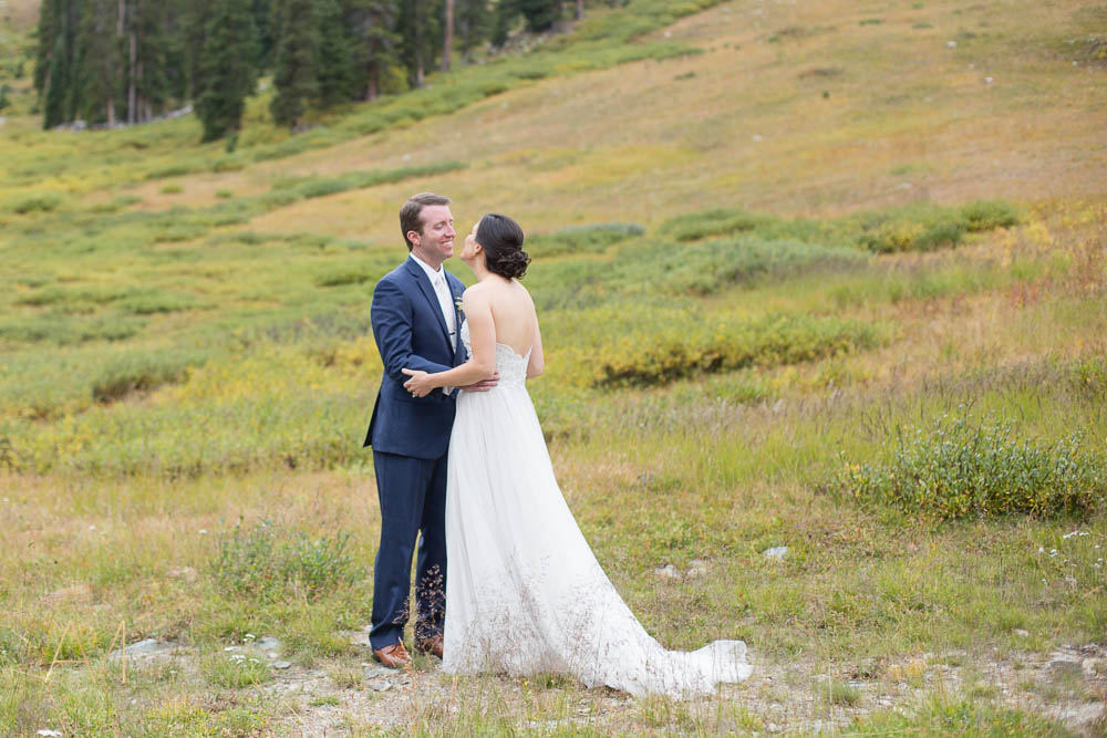AshleighMillerWeddings-JennyAllen-ArapahoeBasin-Keystone-Colorado-1655.jpg