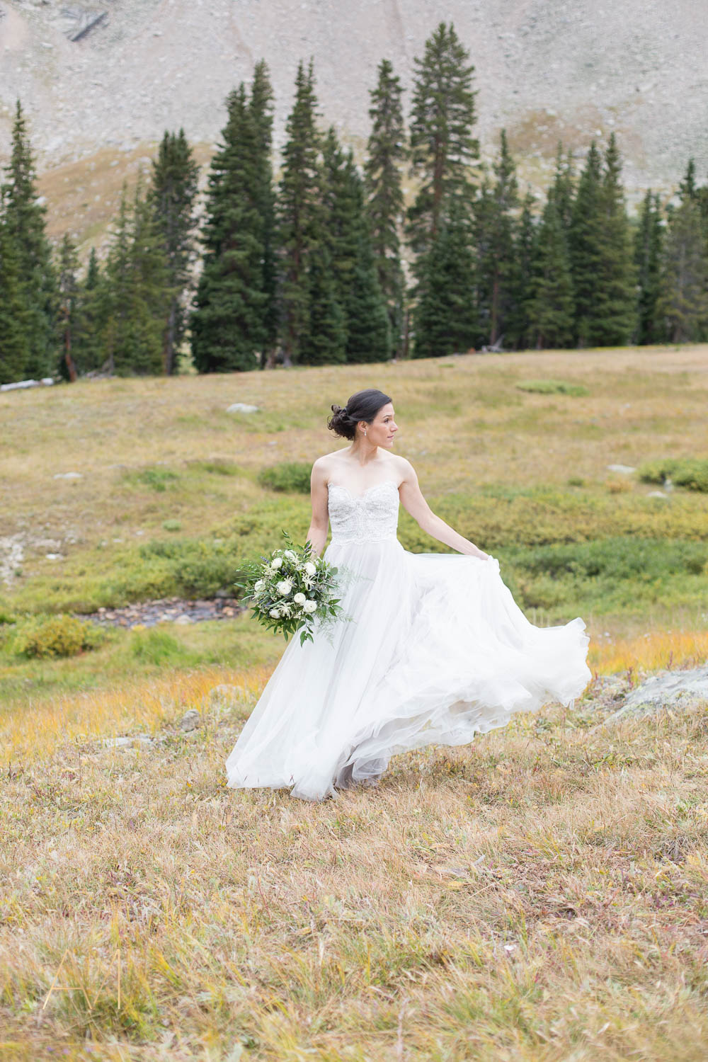 AshleighMillerWeddings-JennyAllen-ArapahoeBasin-Keystone-Colorado-2577.jpg