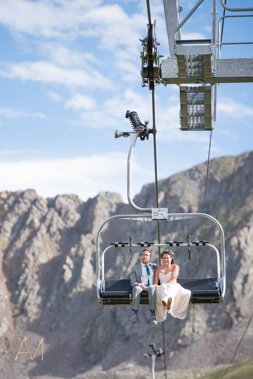 AshleighMillerWeddings-MadeleineAaron-Wedding-ArapahoeBasin-Colorado-3628.jpg