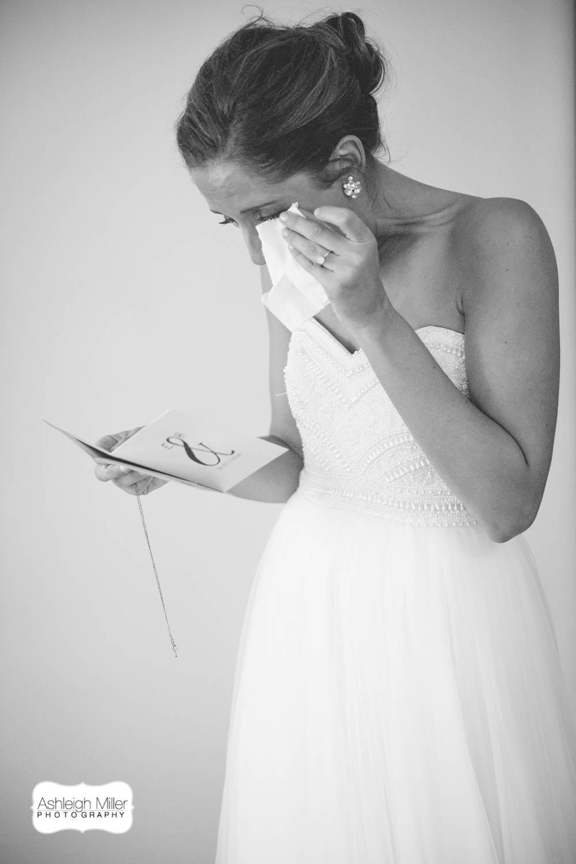 AMW-Wedding-EmilyRyan-WillowRidgeManor-1909-Blog.jpg