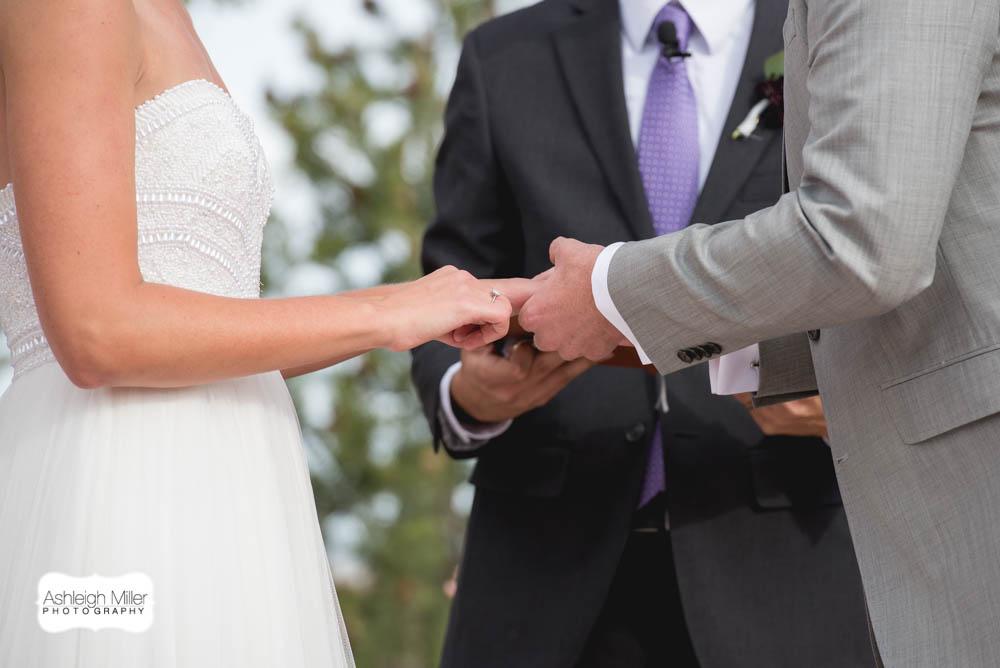 AMW-Wedding-EmilyRyan-WillowRidgeManor-3270-blog.jpg