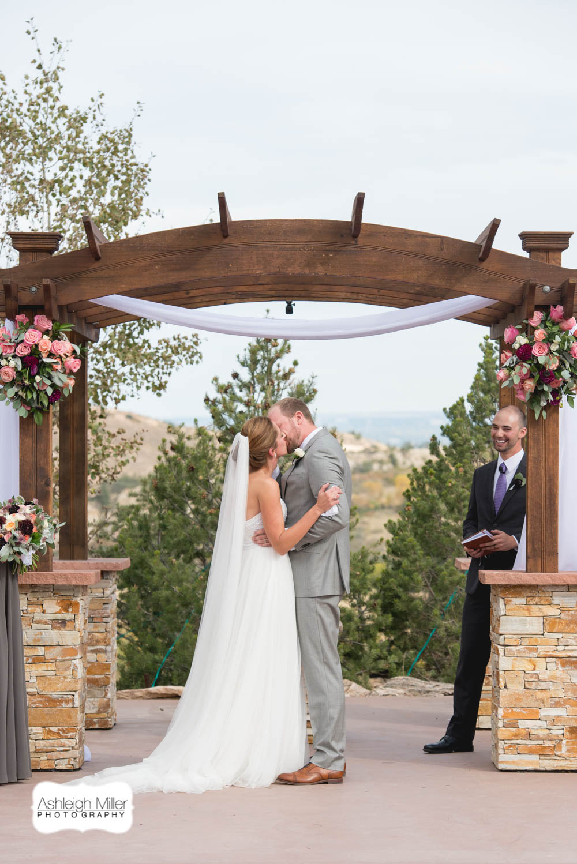 AMW-Wedding-EmilyRyan-WillowRidgeManor-3401-Blog.jpg