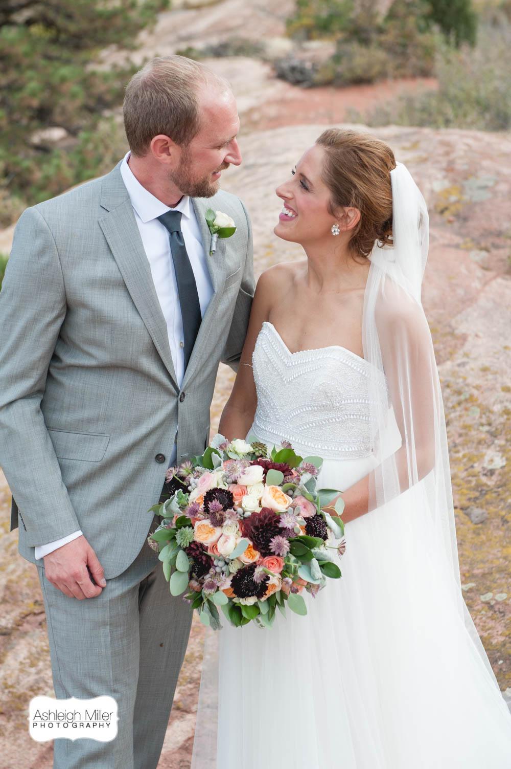 AMW-Wedding-EmilyRyan-WillowRidgeManor-4209-Blog.jpg