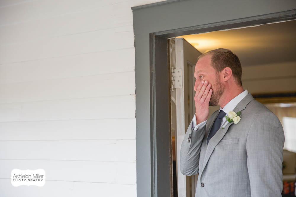 AMW-Wedding-EmilyRyan-WillowRidgeManor-4452-blog.jpg