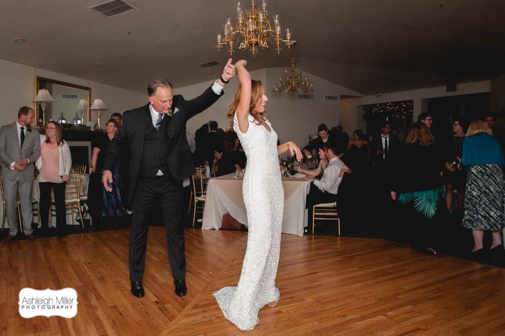 AMW-Wedding-EmilyRyan-WillowRidgeManor-5201-blog.jpg