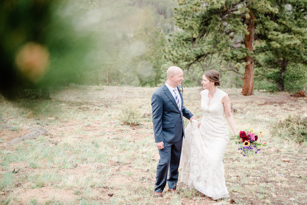 AshleighMillerPhotography-Weddings-Emily-Joe-EstesPark-Colorao-707.jpg