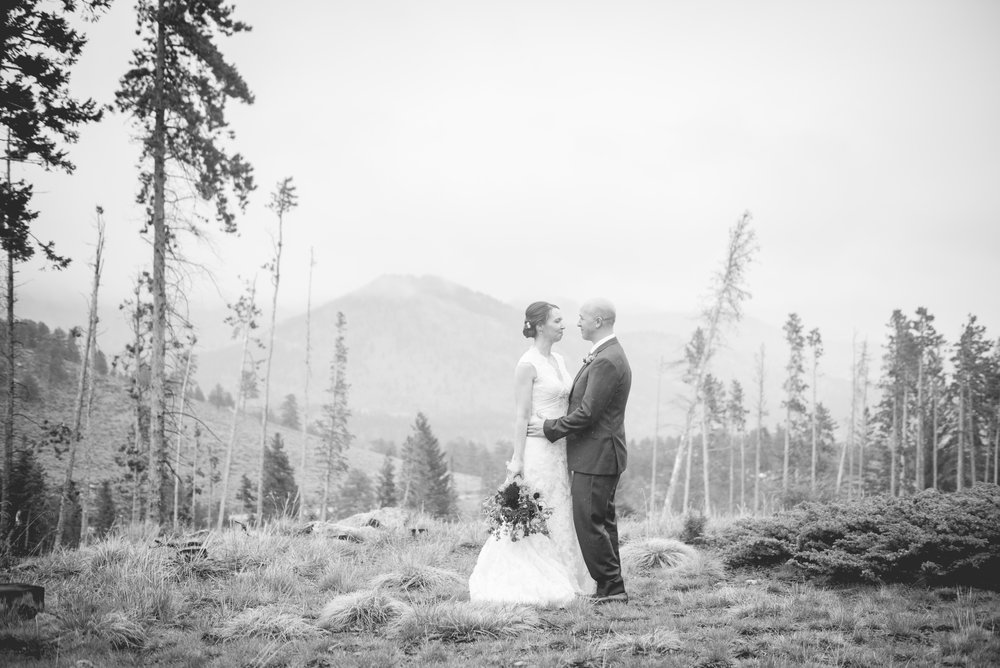 AshleighMillerWedding-EmilyJoe-Wedding-Colorado-EstesPark-1926-BW.jpg