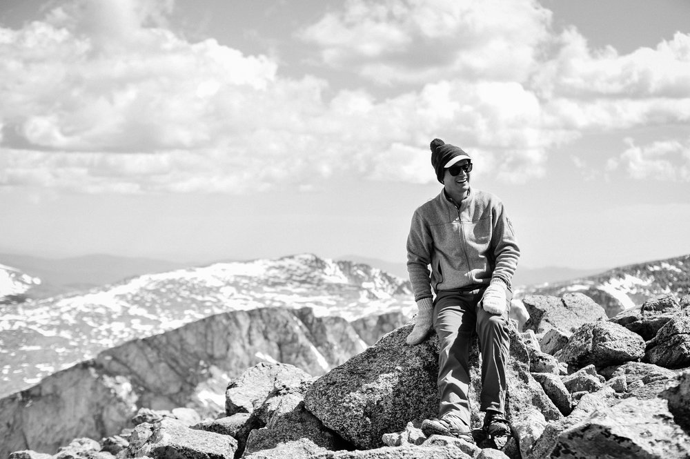 Adventure photography session hiking a 14er with matt and his mittens