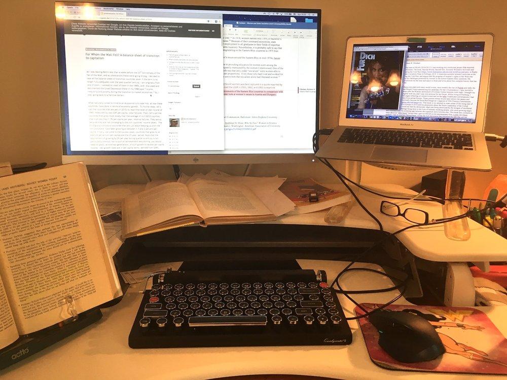 workstation.JPG