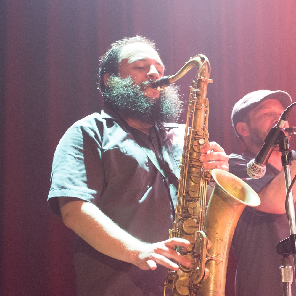 Alex François   Saxophone & Vocals