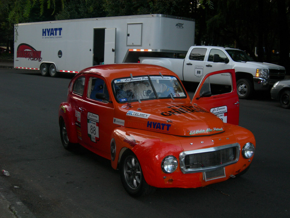 14- Race car & rig parked, Mexico city...no small feat.jpg