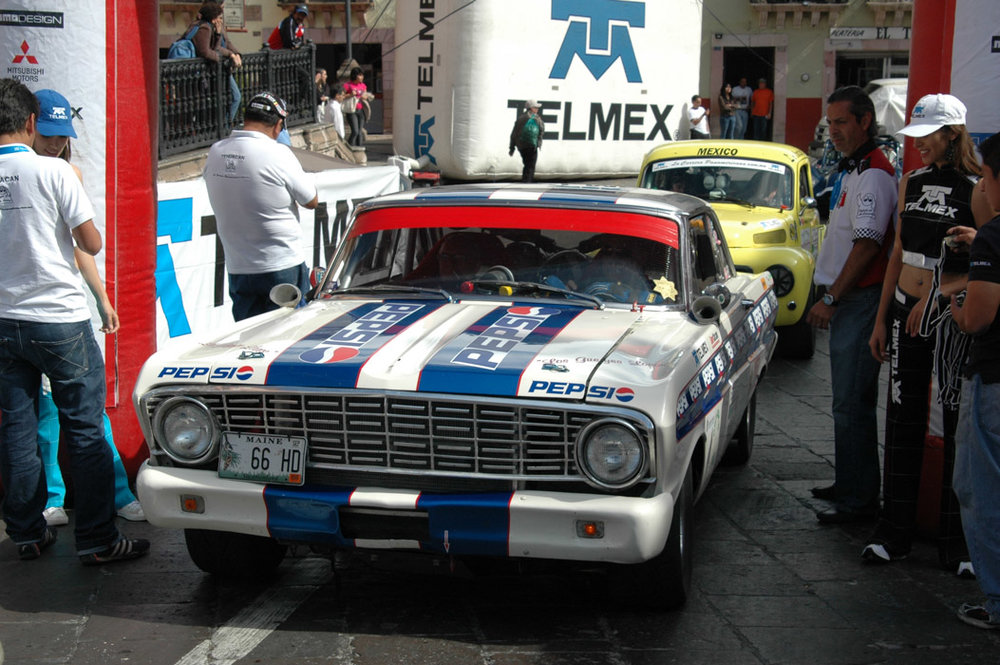 31- Bill Murray and Falcon Volvo finish at Zacatecas_.jpg