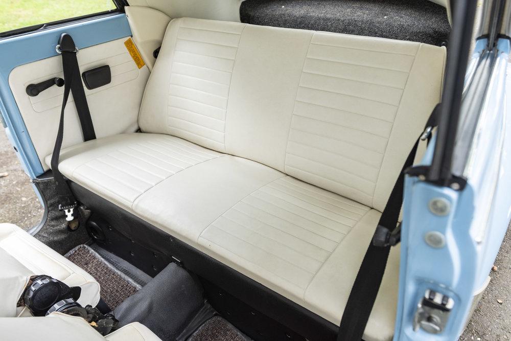 VW Bug Interior_007.JPG