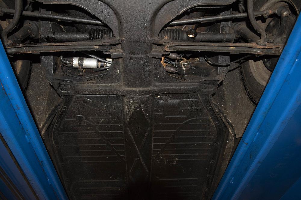 VW Bug Vert Underbody_042.JPG