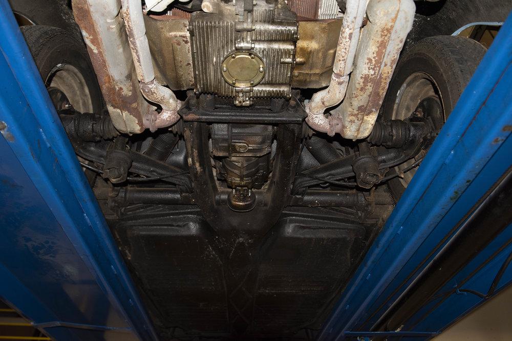 VW Bug Vert Underbody_045.JPG