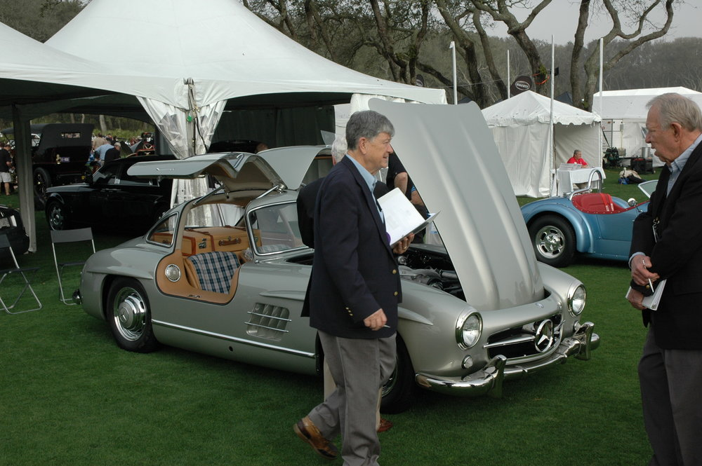 Judging starts early for Bill with his Gullwing