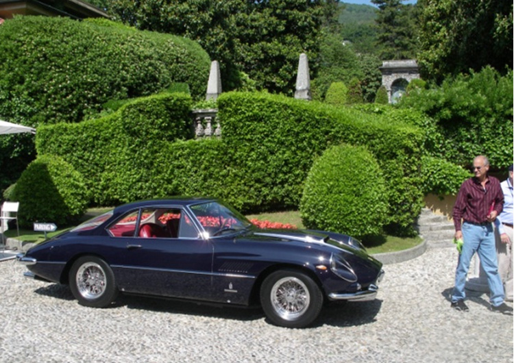 Ferrari 3747 arrives.
