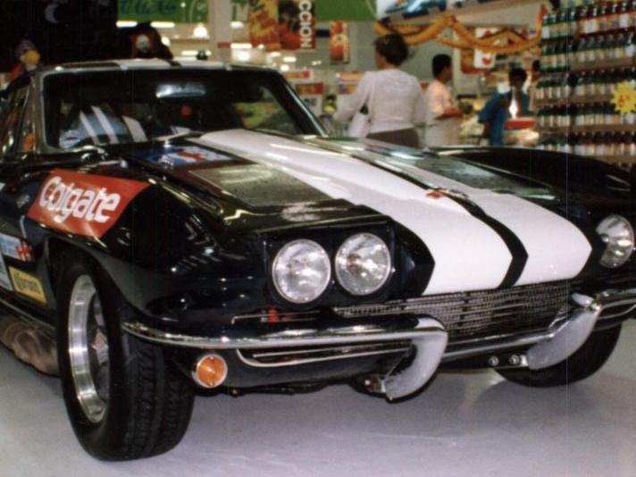 The Colgate Corvette on exhibit, Walmart Aguascalientes