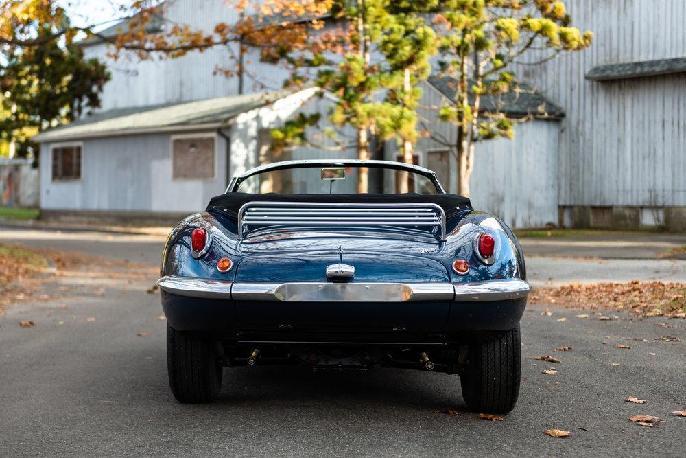 JaguarXKSS_-10.jpg