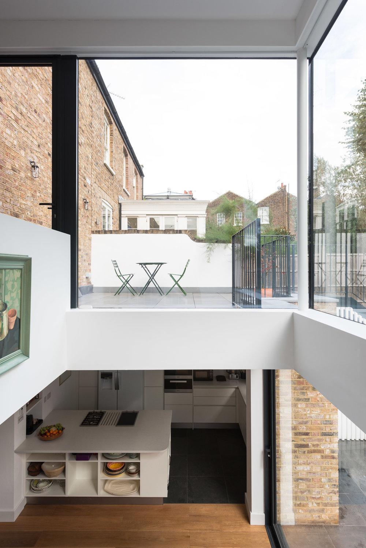 Clapham House Void - MW Architects