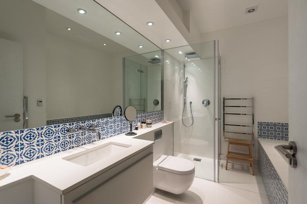 Warrington Crescent Family Bathroom - MW Architects