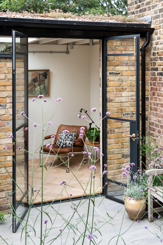 Greenwich Garden Studio Bottom Terrace - MW Architects