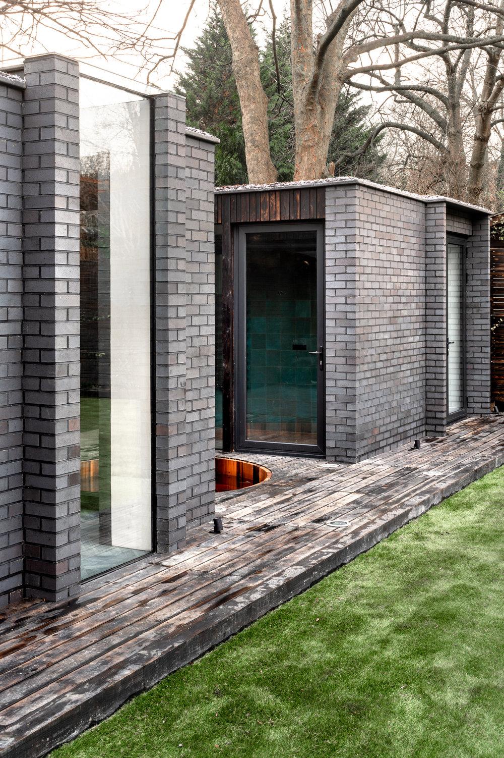 Yoga Dojo Oblique Facade - MW Architects