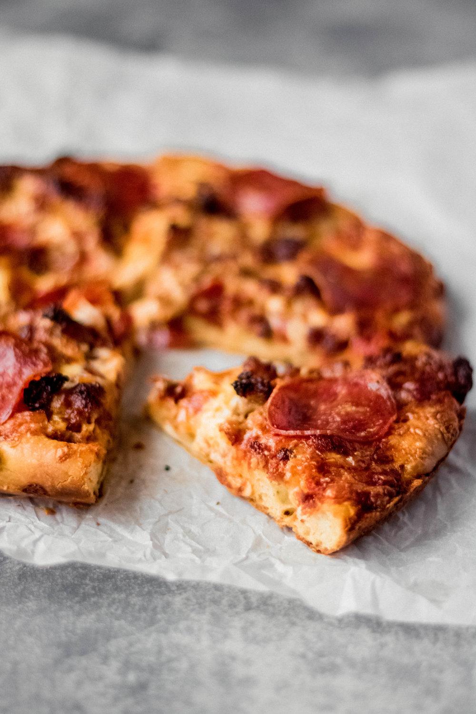 skilletpizza6.jpg