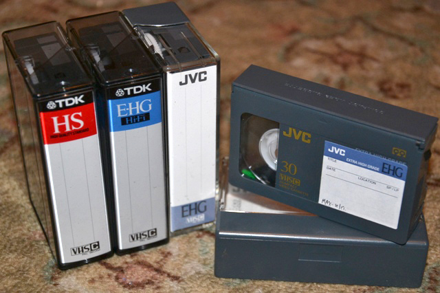 VHS-C_02.JPG